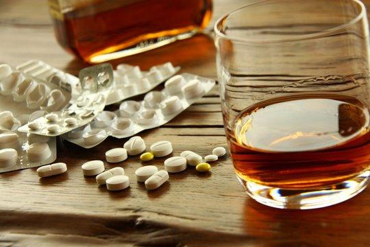 tabletten alkohol cocktail II