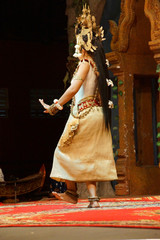 Solo Apsara dancer