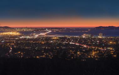 Panorama Night View of San Francisco Bay, East Bay, Oakland, Mon Wall mural