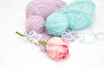 Клубки пряжи для вязания