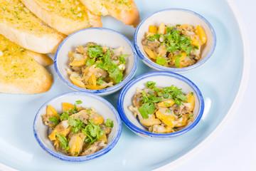 garlic butter clam