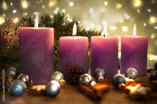 4 advent heiligabend stockfotos und lizenzfreie. Black Bedroom Furniture Sets. Home Design Ideas