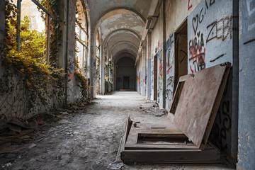 Corridoio abbandonato