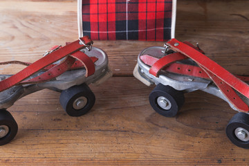 Antique roller skates with its case