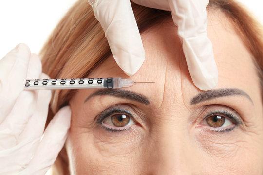 Hyaluronic acid injection for facial rejuvenation procedure