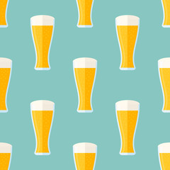 Seamless pattern with glass of light beer. Vector texture.