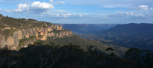 Landscape of The Three Sisters rock formation in the Blue Mounta