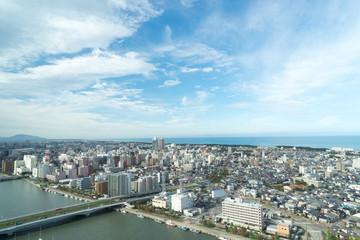 万代島ビル展望台から信濃川と古町方面の景色 3