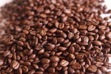 granos de café colombiano, cafe de colombia  Colombian coffee beans, coffee from Colombia, coffee processing