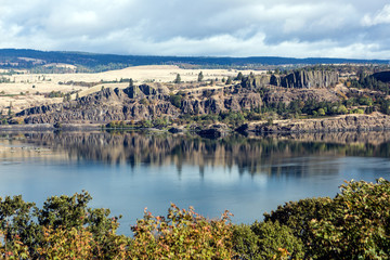 Columbia River gorge view from rest area over river