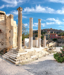 Fototapete - Remains of Hadrian's Library, Plaka and Acropolis