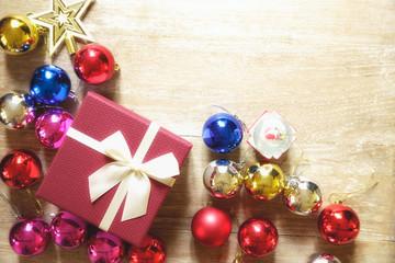 Color Christmas balls with gift box