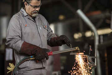 GmbH gmbh mantel kaufen in österreich Metallbau KG-Mantel gesellschaft kaufen kredit