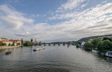 Blick auf die Prager Burg und die Karlsbrücke
