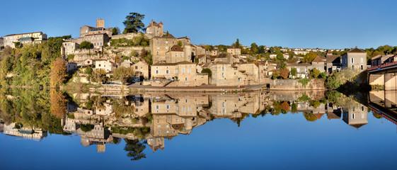 Panorama de Puy-L'Eveque (Lot)
