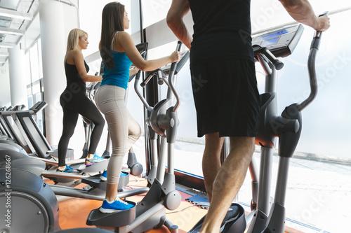 тех, вес растет при занятиях на эллипсоиде это