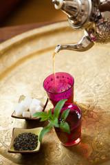 service de thé à la menthe marocain
