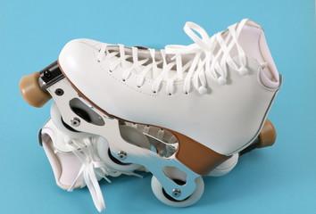 Artistic inline figure skates