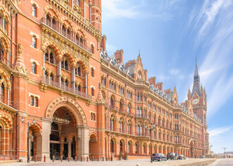 street view of london at king's cross station