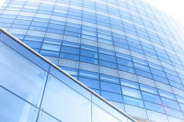 Foto auf Leinwand An der Decke Hochhaus / Glasfassade
