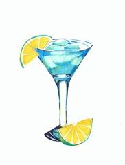 Голубой алкогольный коктейль с цитрусом