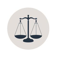 Icono plano balanza en circulo gris