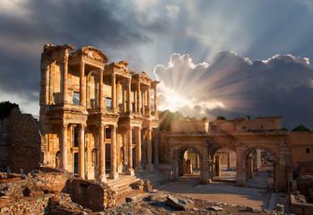 Fotobehang Rudnes Celsus Library in Ephesus, Turkey