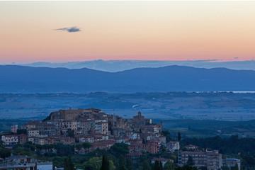 Sonnenaufgang über Chianciano