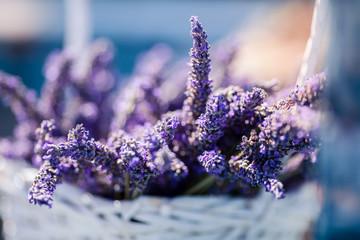 Körbchen mit Lavendel