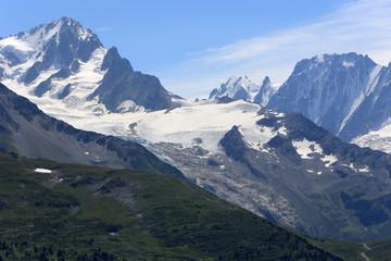 Mont-Blanc. Vue d'Emosson. Suisse.