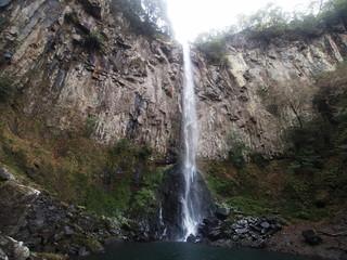東椎屋の滝(大分県宇佐市) 滝壺