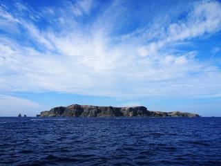 聟島(ケータ島) 遠景