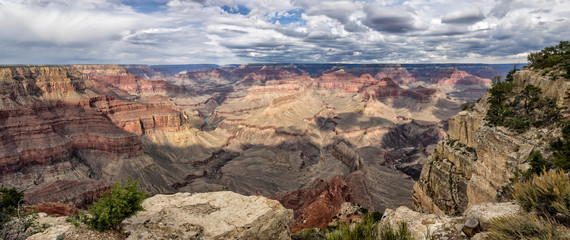 Grand Canyon panorama from the South rim, Arizona