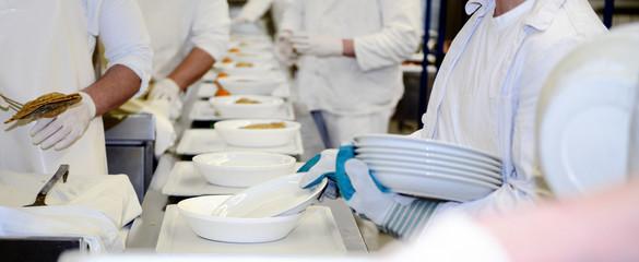 Banner Zubereitung Essen in Großküche