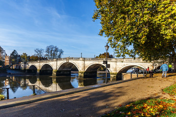 Richmond bridge in the autumn morning