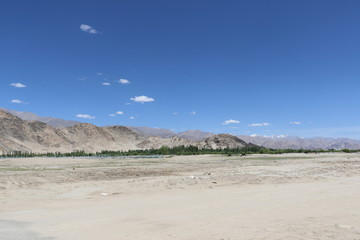 Himalaya mountains, India's Deadliest, very treacherous and adventurous roads, Kargil-Leh Highway passes through here.