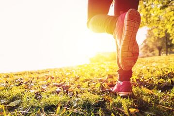 Läufer im Herbst