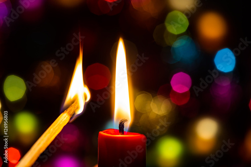 kerze anz nden feuer streichholz bokeh brandgefahr advent highres stock photo and royalty free. Black Bedroom Furniture Sets. Home Design Ideas