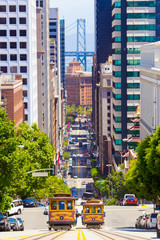 Foto op Canvas San Francisco Two Cable Car California St San Francisco Downtown