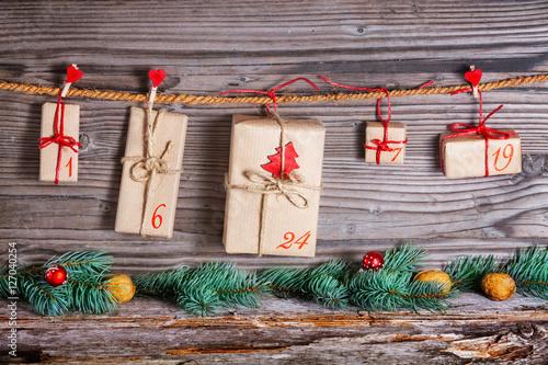 weihnachtkalender adventskalender geschenke stockfotos und lizenzfreie bilder auf fotolia. Black Bedroom Furniture Sets. Home Design Ideas