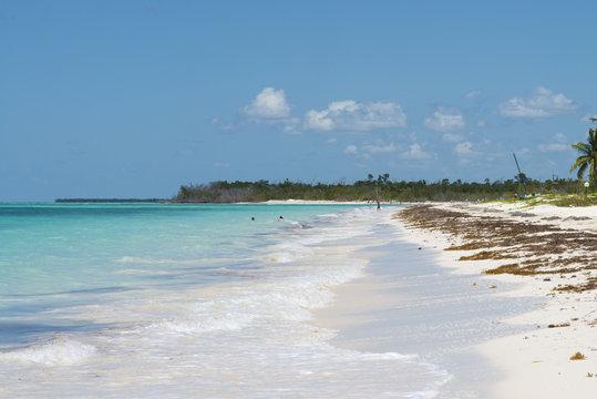 """Kuba, Cayo Levisa ; Die  """" einsame Insel """" an der Atlantikküste."""