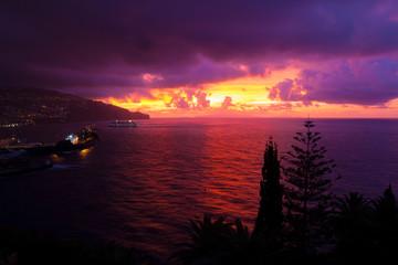 マデイラ島 朝焼け