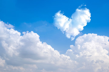 romantic Heart Cloud abstract blue sky and cloud nature backgrou
