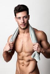 Nackt oberkoerper mann brustbehaarung pics 30