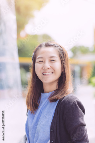 lake park asian girl personals Grannies need love too and where better to find it than online come and join the fun at granny personals - these good looking mature women will impress you, granny personals.