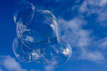 Seifenblasen, zerplatzende Kunstwerke