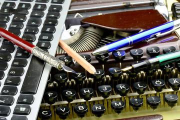Schreibgeräte aus verschiedenen Zeiten