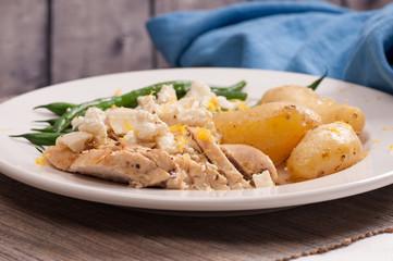 greek lemon chicken with fingerling potatoes