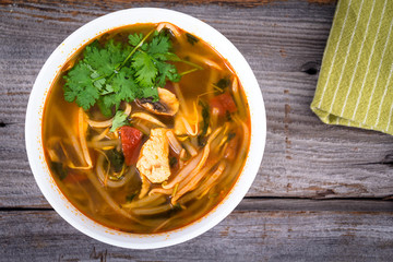 asian chicken tomyum soup