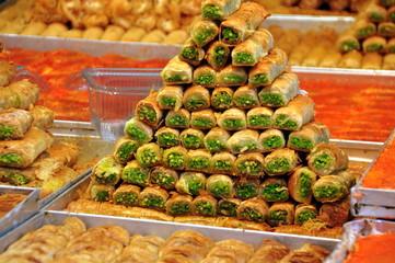 Baklava mit Pistazien auf dem Carmelmarkt in Tel Aviv